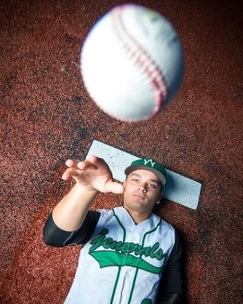 winfield-high-school-wv-baseball-senior- photographers